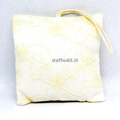 Cuscino portaconfetti quadrato macramè